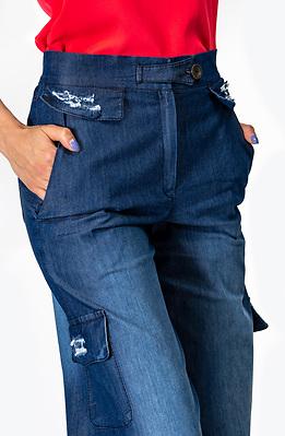 Дънков панталон с висока талия и разкроени крачоли