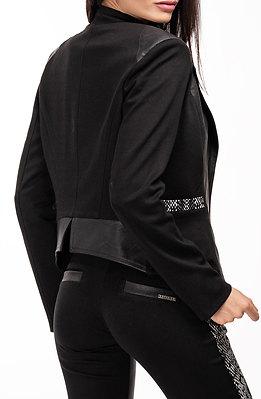 Дамско сако с черно-бял акцент