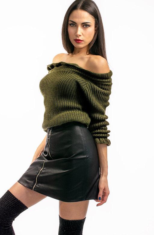 Къса блузка от плетиво с паднали рамене