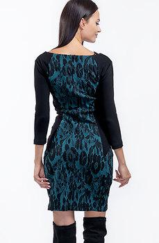 Стилна рокля с 7/8 ръкав от зелен жакард