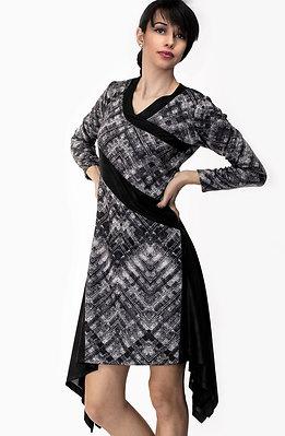 Асиметрична рокля от фин кашмир