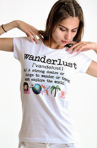 Тениска в бяло