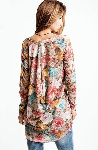 Туника от фино плетиво на цветя