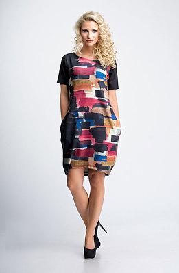 Стилна рокля в свободен силует