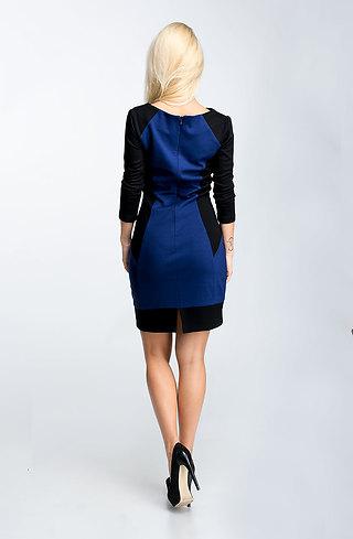 Стилна рокля с 7/8 ръкав в двуцветен мотив I