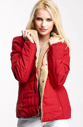 Ватирано яке в червено