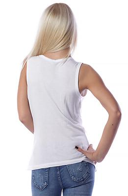Асиметрична туника в бяло