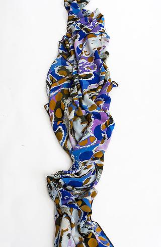 Плажен шал в цветен десен