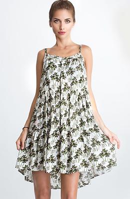 Къса свободна рокля