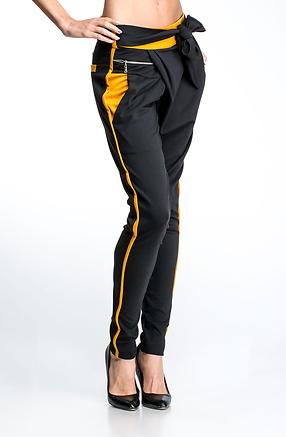 Панталон тип потур с кант