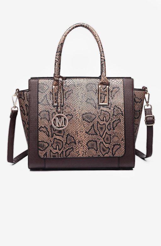Дамска чанта от змийска еко кожа в цвят кафе