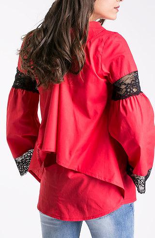 Риза с разкроени ръкави в червено