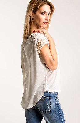 Блуза с дантела в цвят екрю