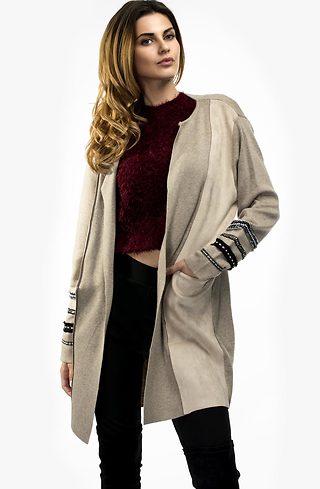 Плътна жилетка от плетиво и велур в бежево