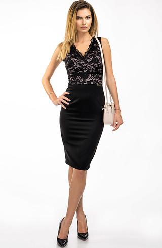 Eлегантна черна рокля с дантела