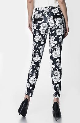 Панталон на цветя с кожен кант