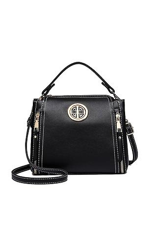 Стилна черна чанта
