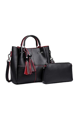 Черна кожена чанта с пискюли