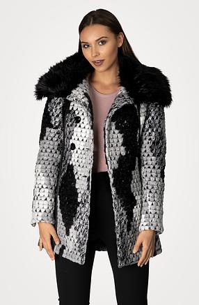 Вълнено палто с капитонирана подплата